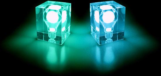 """环保节能意识高涨的今日,Suck UK再推出同样以吸收日能发光的荧光冰砖夜灯Glow Brick ,清透的方砖内嵌入一只绿色荧光灯炮,只要暴露在自然日光或一般灯光下充电一段时间,即可以在暗夜中散发温和的荧光。 发光的""""砖块"""",免耗电发光的""""砖块""""靠吸收自然光能发亮,有绿色和蓝色两款可供选择。灯泡不插电也能发亮?这个四四方方的发光""""砖块""""表面光滑,外部没有任何电源接线,里面也没有电池槽,当你第一眼看到它时,一定会好奇""""砖块&"""